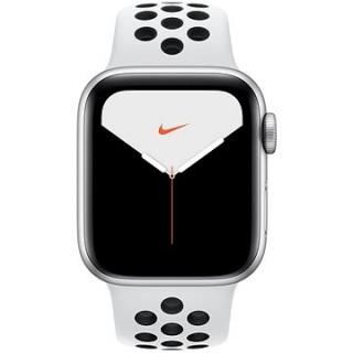 Apple Watch Nike Series 5 40 mm Strieborný hliník s platinovým/čiernym športovým remienkom Nike
